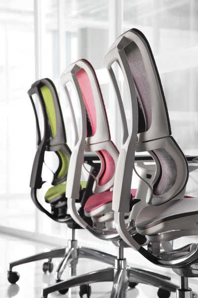 Black, white and light grey frame for Ioo chair